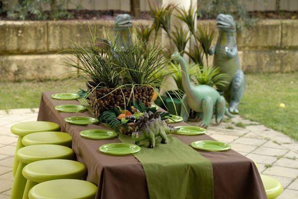 Παιδικό πάρτυ με θέμα τον δεινόσαυρο δεινόσαυρος
