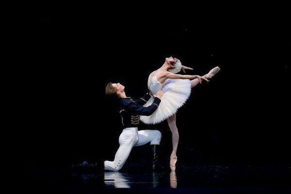 'Η Λίμνη των Κύκνων' σήμερα στο Ηράκλειο Κρήτης Ηράκλειο Η λίμνη των κύκνων Russian Ballet Theater