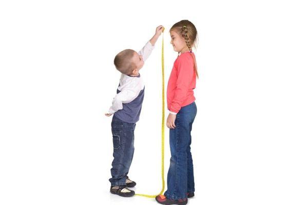 4 τρόποι για να βοηθήσουμε το παιδί μας να ψηλώσει! ύψος παιδιού Ύπνος σωστή διατροφή άσκηση ανάπτυξη παιδιού