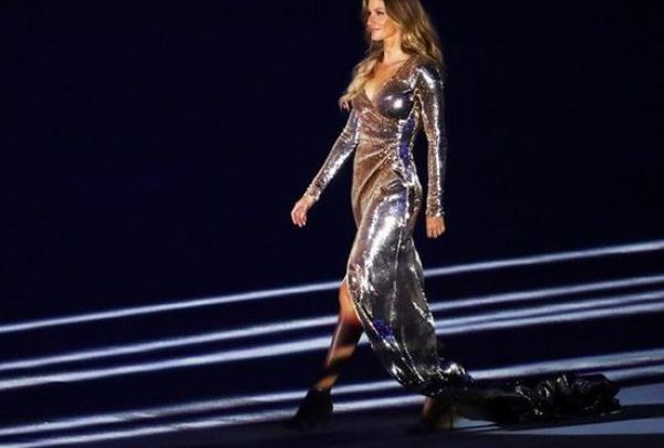 Mάγεψε η Ζιζέλ στην τελετή έναρξης των Ολυμπιακών Αγώνων! ολυμπιακοί αγώνες Ζιζέλ