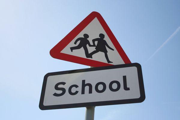 Συμβουλές για να μην αργείτε στο σχολείο! σχολείο