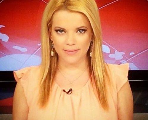 Επικό βίντεο όταν η παρουσιάστρια του Ε δεν γνωρίζει πως είναι στον αέρα!!! τηλεόραση Νατάσα Βαρελά αστεία βίντεο