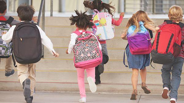 Επιλογή σχολικής τσάντας: Τι πρέπει να προσέχουμε! σχολική τσάντα σχολείο