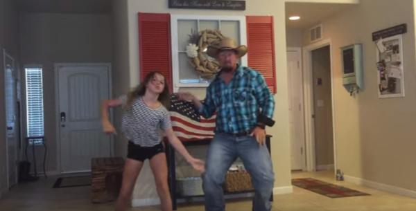 Τρελό γέλιο: Μπαμπάς χορεύει με την κόρη του και γίνεται viral! σχέση μπαμπά-κόρης