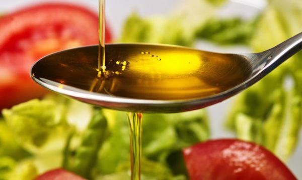 """Ελαιόλαδο: Ο """"υγρός χρυσός"""" της μεσογειακής διατροφής!"""
