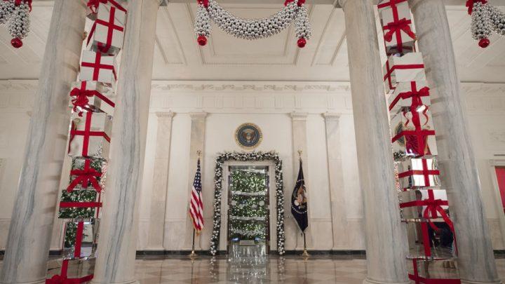 Η τελευταία μοναδική χριστουγεννιάτικη διακόσμηση της Μισέλ Ομπάμα στον Λευκό Οίκο! Χριστούγεννα Μισέλ Ομπάμα