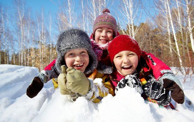 Παιχνίδια στο χιόνι! χιόνι