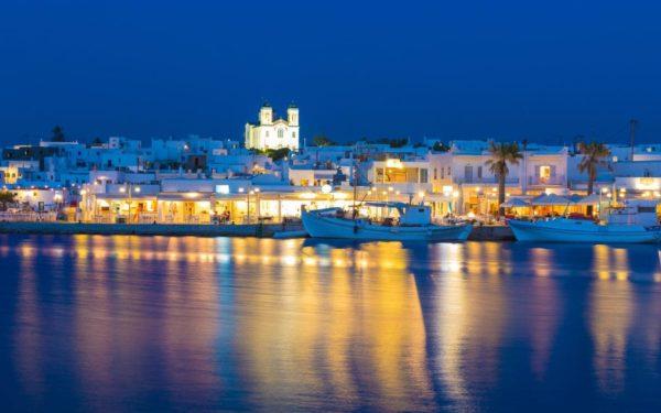Διακοπές: Ώρα για Πάρο με διαμονή από 34 ευρώ τη βραδιά! Πάρος