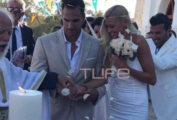Ο Γάμος Βάσως Κολλιδά & Γιάννη Εμμανουηλίδη στην Πάρο (Φωτογραφίες) Πάρος Γιάννης Εμμανουηλίδης γάμος Βάσω Κολλιδά