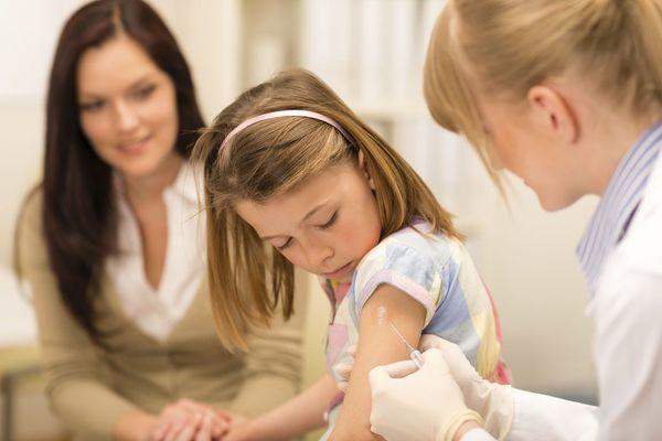 1 στα 10 παιδιά δεν έκανε κανένα εμβόλιο πέρυσι! εμβολιασμός
