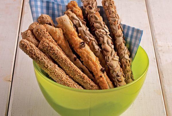 Συνταγή για κριτσίνια σπιτικά μμμμ πεντανόστιμα by olagiatopaidi.gr! κριτσίνια by olagiatopaidi.gr