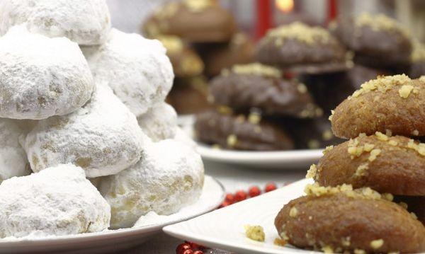 Πόσο παχαίνουν μελομακάρονα και κουραμπιέδες Χριστούγεννα μελομακάρουνα κουραμπιέδες