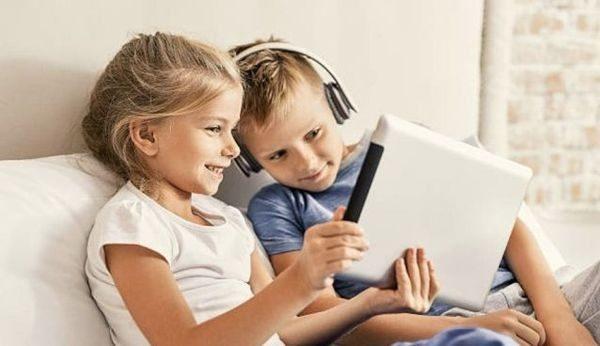Voucher 200 ευρώ: Άνοιξε η πλατφόρμα για την αγορά τεχνολογικού εξοπλισμού (tablet, laptop, desktop) για μαθητές ψηφιακή μέριμνα voucher