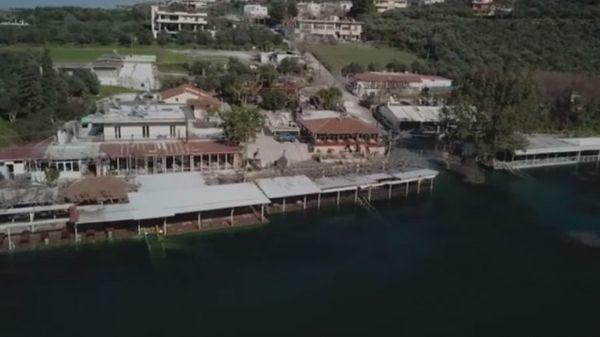 Κρήτη: Εκεί που η λίμνη έγινε ...ένα με τον οικισμό (Βίντεο) Χανιά λίμνη του Κουρνά βροχή
