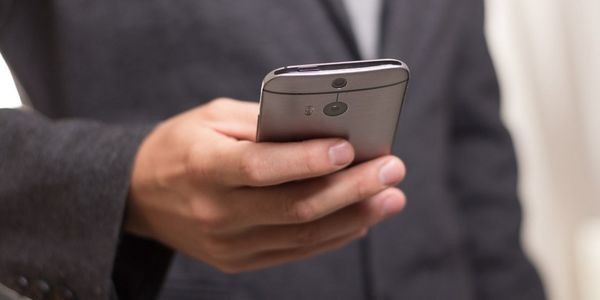 Νέα απάτη με τις τηλεφωνικές κλήσεις. Τι λέει η Διεύθυνση Δίωξης Ηλεκτρονικού Εγκλήματος (βίντεο) ηλεκτρονικό έγκλημα απάτη