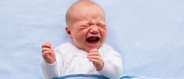Δέκα τρόποι για να σταματήσετε τη γκρίνια του μωρού! γκρίνια