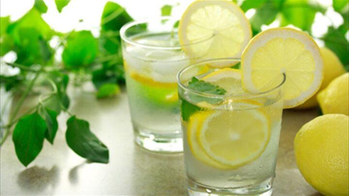 Γιατί να Πίνουμε Λεμονόνερο; λεμονόνερο λεμόνι
