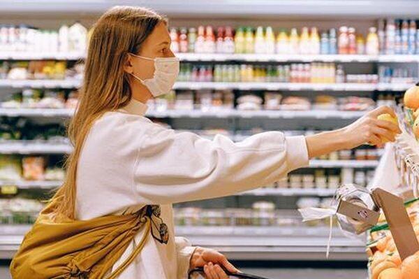 Υποχρεωτική η χρήση της μάσκας στα S/M από αυτό το Σάββατο 18 Ιουλίου πανδημία μάσκα κορωνοϊός covid-19