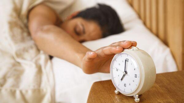 Αλλαγή ώρας : Πότε γυρίζουμε τους δείκτες των ρολογιών μια ώρα μπροστά