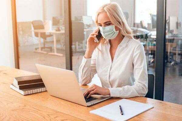 Μάσκα: Ποια είναι η καλύτερη; Οι διαφορές σε ΚΝ95, υφασμάτινες και χειρουργικές μάσκες χειρουργική μάσκα υφασμάτινη μάσκα μάσκα προστασίας ΚΝ95 covid-19