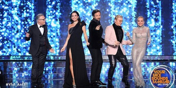 YFSF: Μεταμφιεσμένος σε Δέσποινα Βανδή ο Κώστας Δόξας νίκησε στην πρεμιέρα και έκανε τους πάντες να γελάσουν μέχρι δακρύων! Μαρία Μπεκατώρου Κώστας Δόξας ελληνική τηλεόραση Δέσποινα Βανδή YFSF